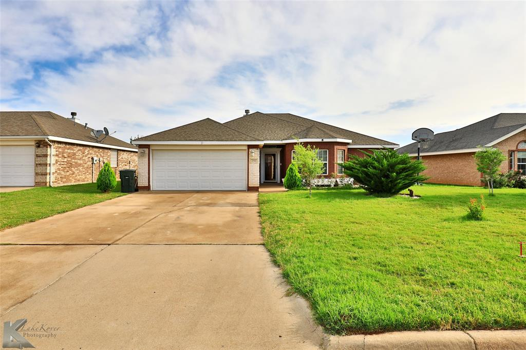 250 Sugarberry  Avenue, Abilene, Texas 79602 - Acquisto Real Estate best plano realtor mike Shepherd home owners association expert