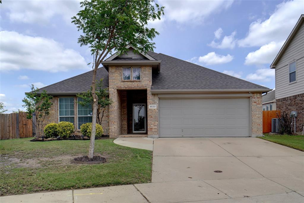 4533 Golden Yarrow  Drive, Fort Worth, Texas 76244 - Acquisto Real Estate best plano realtor mike Shepherd home owners association expert
