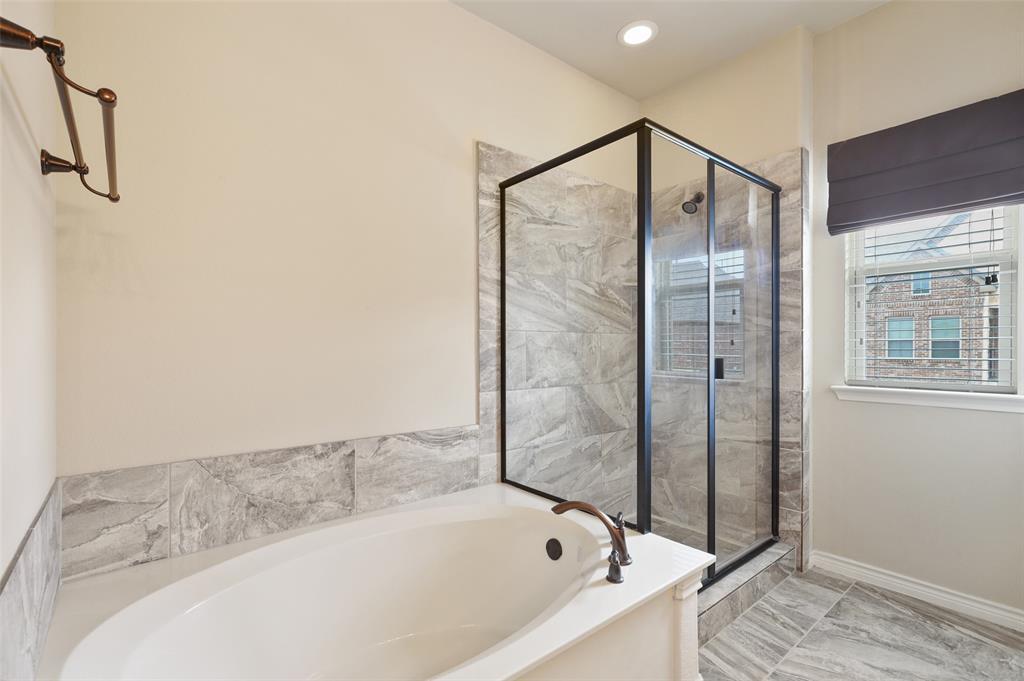 4293 Kiowa  Drive, Carrollton, Texas 75010 - acquisto real estate best realtor dallas texas linda miller agent for cultural buyers