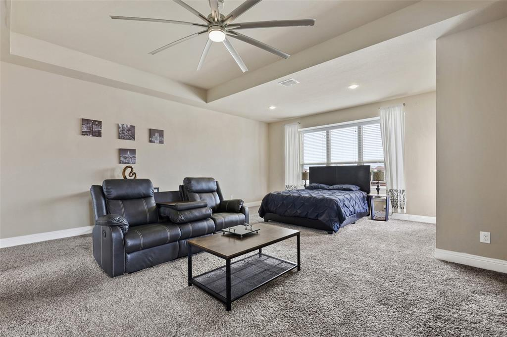 2670 Venice  Drive, Grand Prairie, Texas 75054 - acquisto real estate best style realtor kim miller best real estate reviews dfw