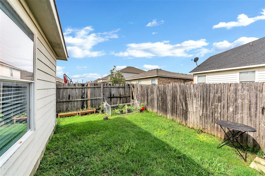 10441 Hideaway  Trail, Fort Worth, Texas 76131 - acquisto real estate best real estate company in frisco texas real estate showings