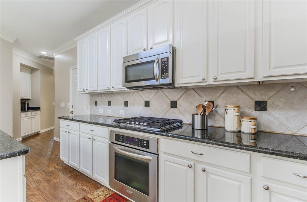 448 Crestview Point Dr  Drive, Lewisville, Texas 75067 - acquisto real estate best style realtor kim miller best real estate reviews dfw