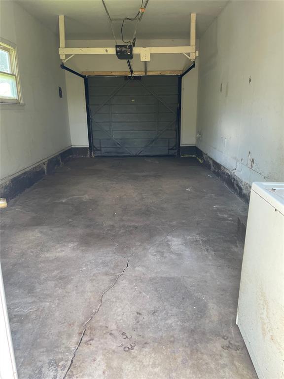 1028 Tyler  Street, Gainesville, Texas 76240 - acquisto real estate best designer and realtor hannah ewing kind realtor