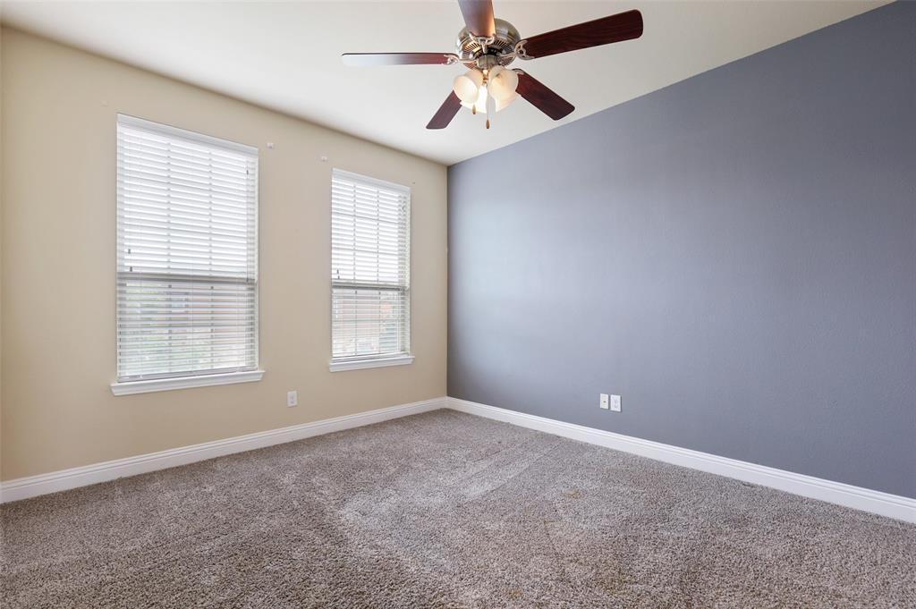 2670 Venice  Drive, Grand Prairie, Texas 75054 - acquisto real estate best new home sales realtor linda miller executor real estate