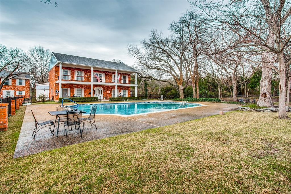 968 Roaring Springs  Road, Fort Worth, Texas 76114 - acquisto real estate best photo company frisco 3d listings