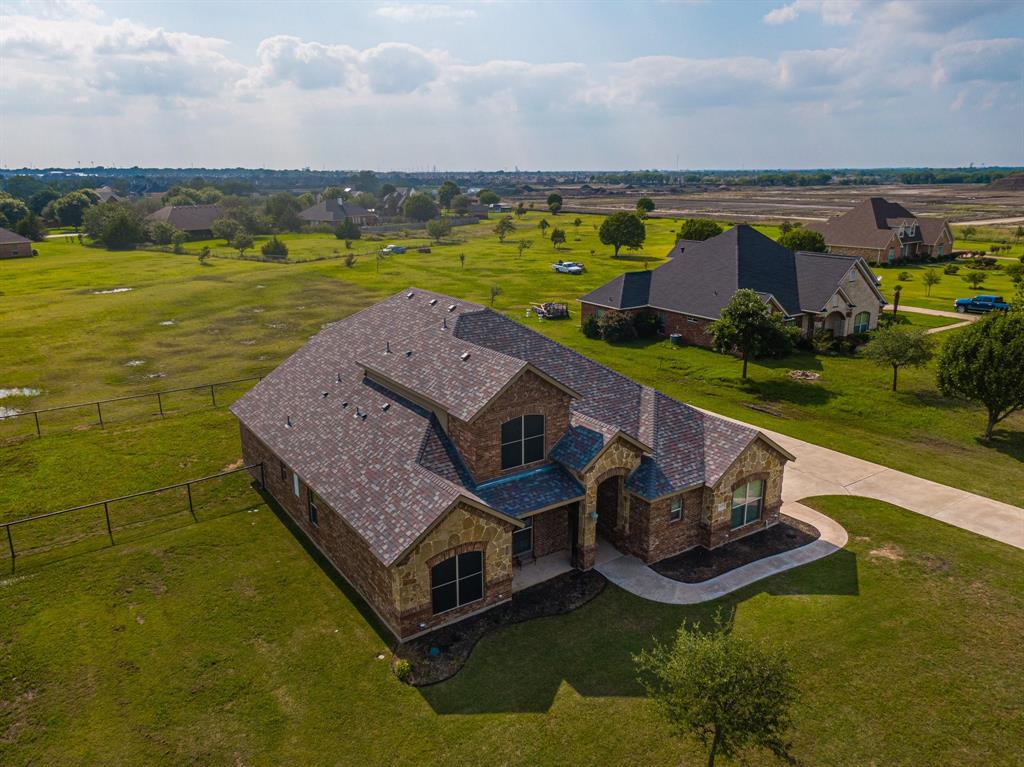 825 Broadhead  Road, Waxahachie, Texas 75165 - acquisto real estate best allen realtor kim miller hunters creek expert