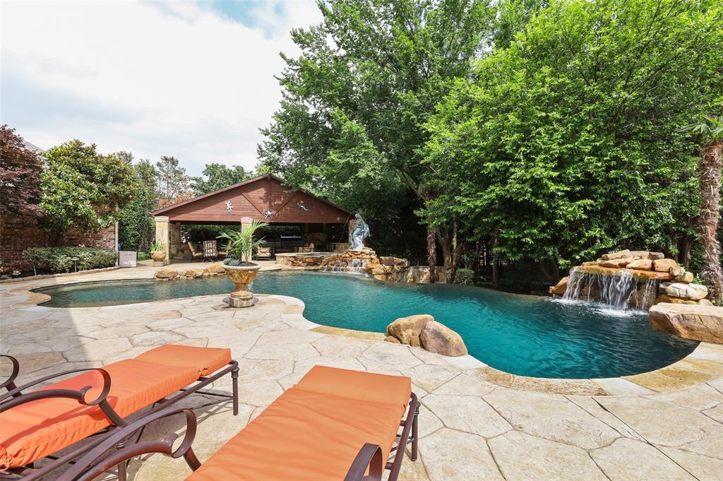 2300 Mockingbird  Lane, Flower Mound, Texas 75022 - acquisto real estate agent of the year mike shepherd