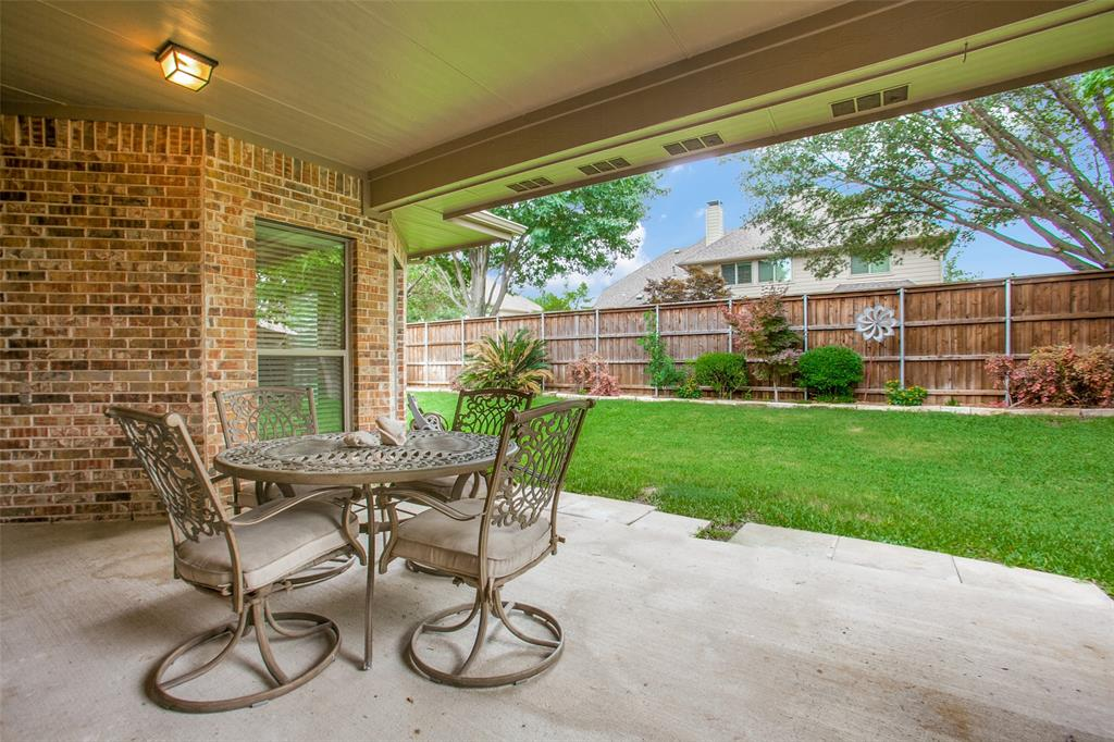 325 Greenfield  Drive, Murphy, Texas 75094 - acquisto real estate best realtor foreclosure real estate mike shepeherd walnut grove realtor