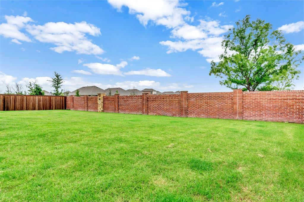 612 Mary Ruth  Place, Celina, Texas 75009 - acquisto real estate best real estate idx dilusso marketing mike acquisto