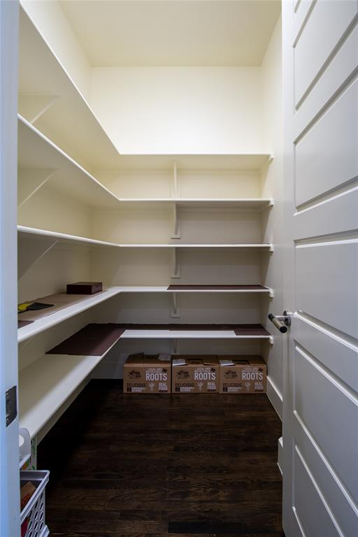 1317 Scarlet Oak  Drive, Arlington, Texas 76005 - acquisto real estate best designer and realtor hannah ewing kind realtor