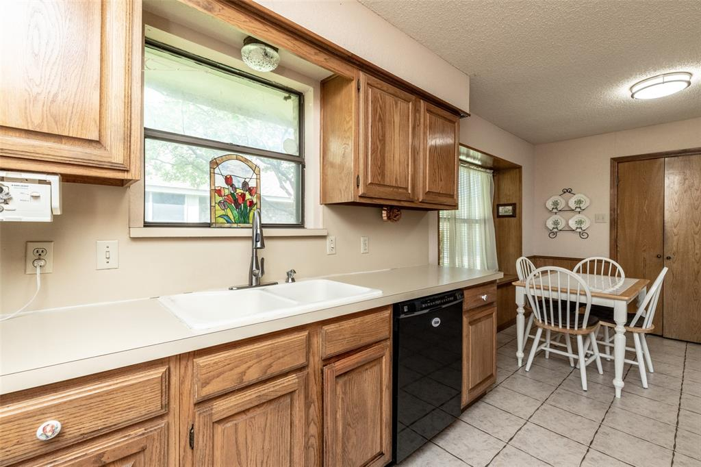 302 Barclay  Avenue, Coppell, Texas 75019 - acquisto real estate best listing agent in the nation shana acquisto estate realtor