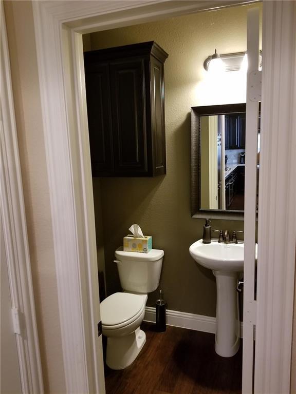 2737 Troutt  Drive, Carrollton, Texas 75010 - acquisto real estate best the colony realtor linda miller the bridges real estate