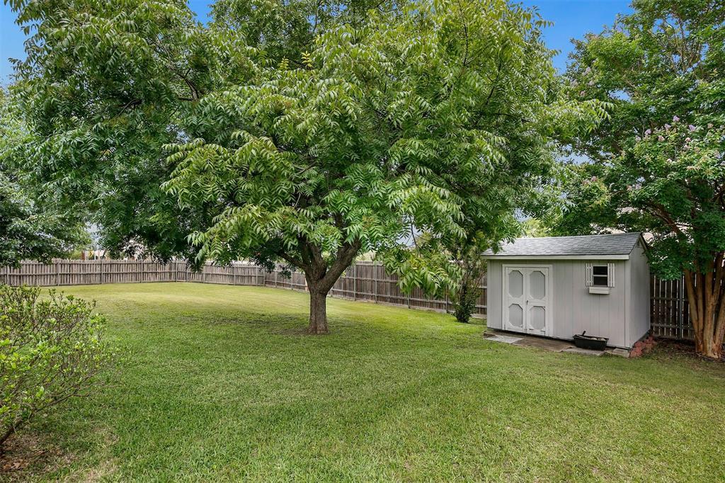 1018 Cook  Drive, Grand Prairie, Texas 75050 - acquisto real estate best realtor dfw jody daley liberty high school realtor