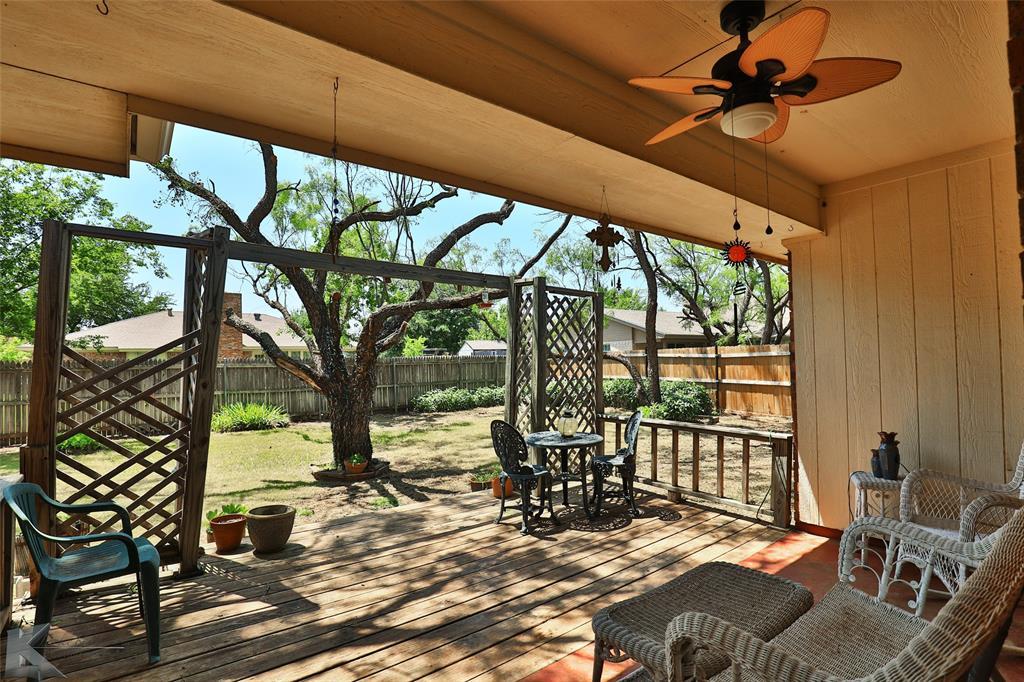 918 Reeves  Street, Abilene, Texas 79602 - acquisto real estate best negotiating realtor linda miller declutter realtor