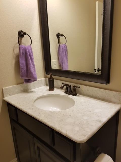 2737 Troutt  Drive, Carrollton, Texas 75010 - acquisto real estate best listing agent in the nation shana acquisto estate realtor