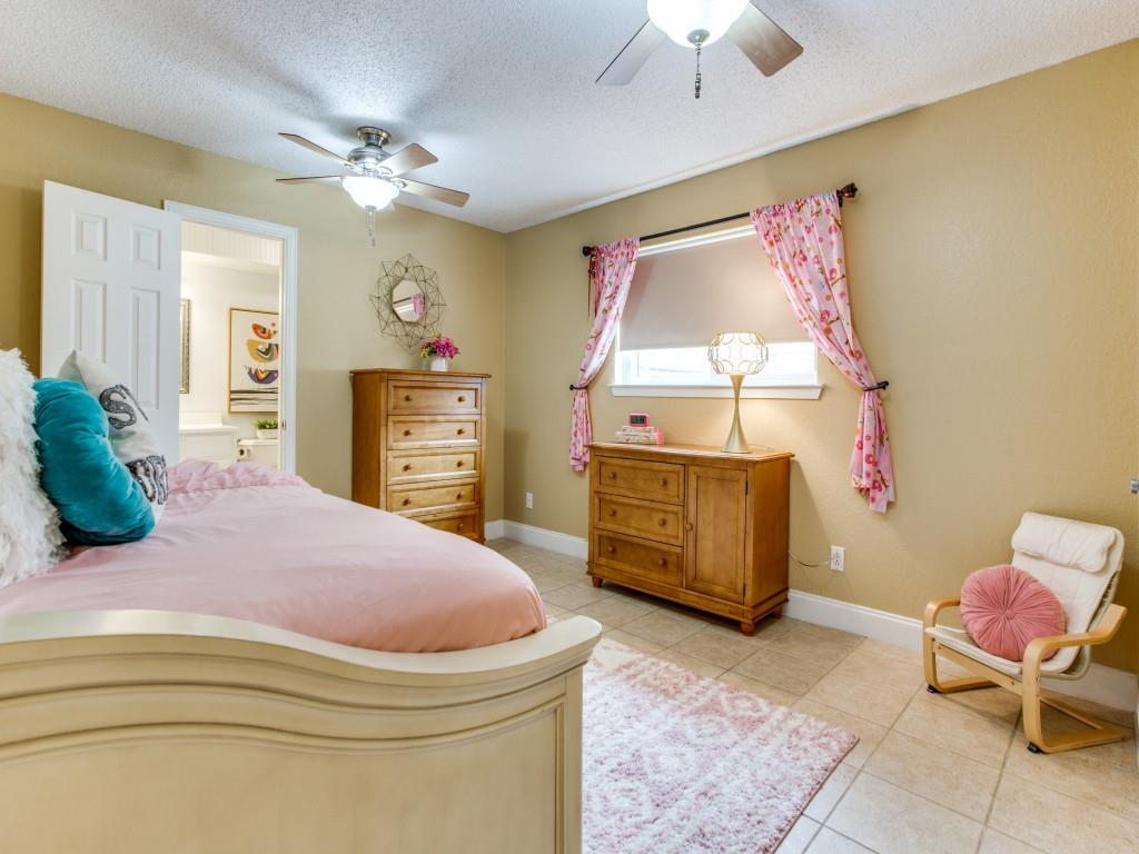 2412 Primrose  Drive, Richardson, Texas 75082 - acquisto real estate best investor home specialist mike shepherd relocation expert