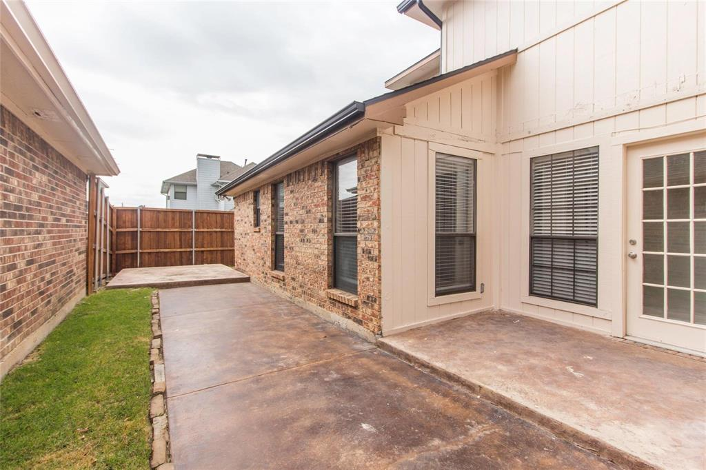 2510 Melissa  Lane, Carrollton, Texas 75006 - acquisto real estate best real estate company in frisco texas real estate showings