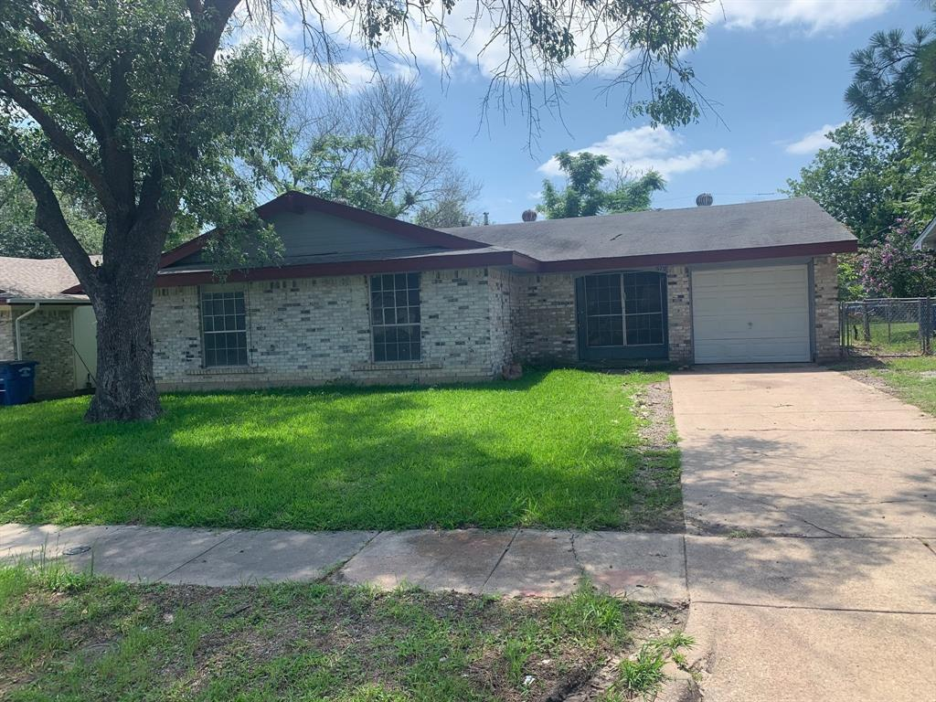 679 Edgeglen  Drive, Dallas, Texas 75217 - Acquisto Real Estate best plano realtor mike Shepherd home owners association expert