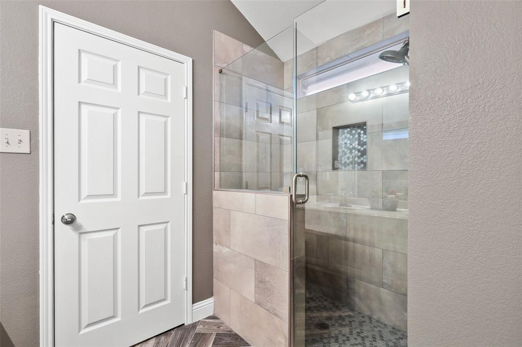 1432 Castlegar  Lane, Fort Worth, Texas 76247 - acquisto real estate best realtor dallas texas linda miller agent for cultural buyers