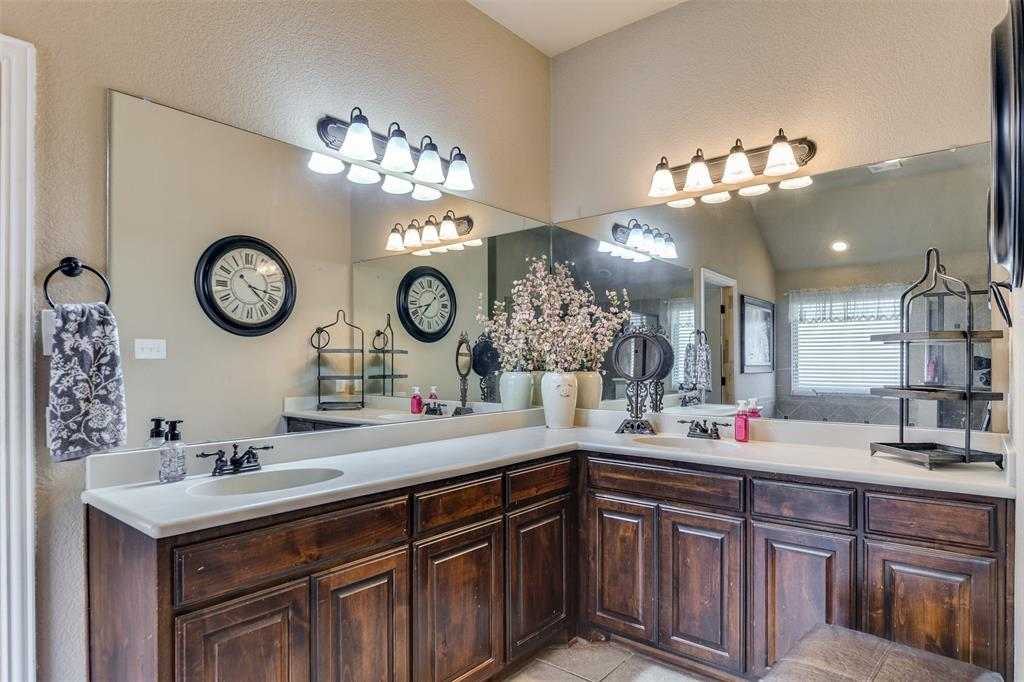 337 Canadian  Lane, Burleson, Texas 76028 - acquisto real estate best investor home specialist mike shepherd relocation expert