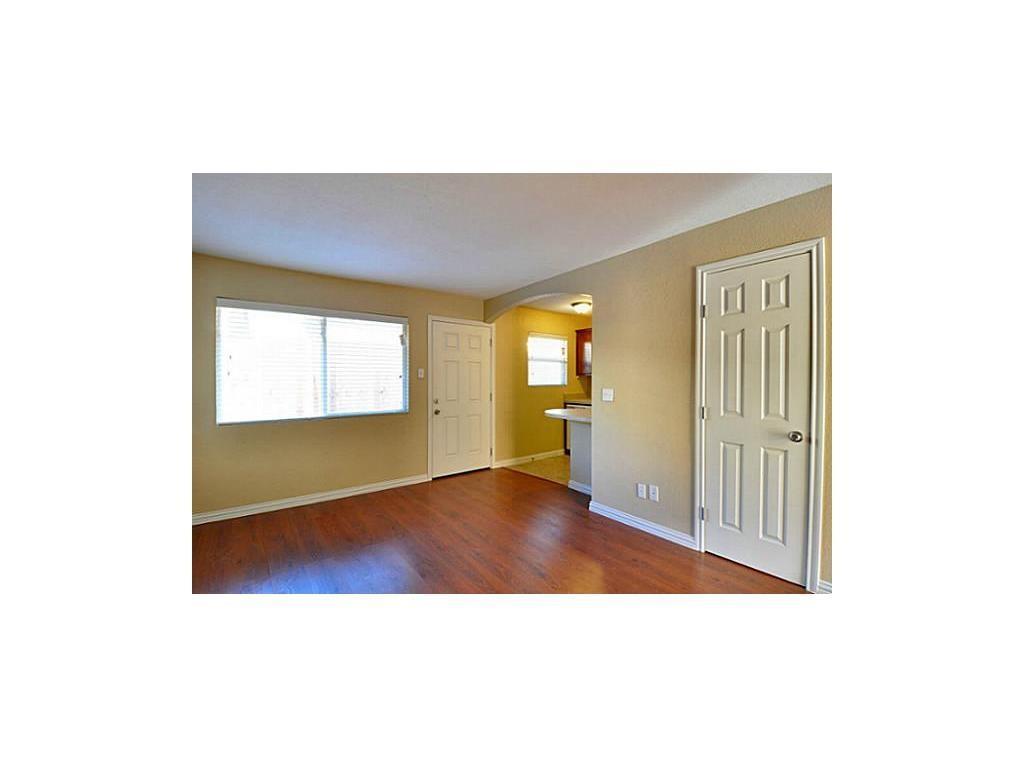 5814 Worth  Street, Dallas, Texas 75214 - acquisto real estate best listing agent in the nation shana acquisto estate realtor