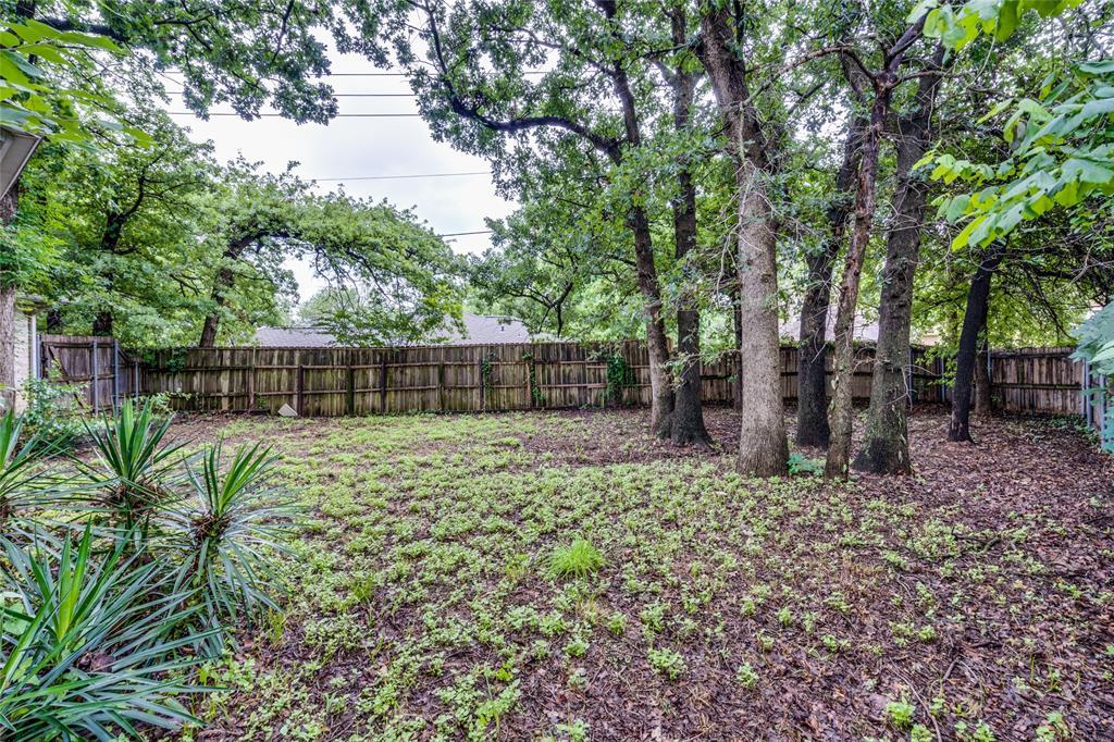 7624 Arbor Ridge  Court, Fort Worth, Texas 76112 - acquisto real estate best negotiating realtor linda miller declutter realtor