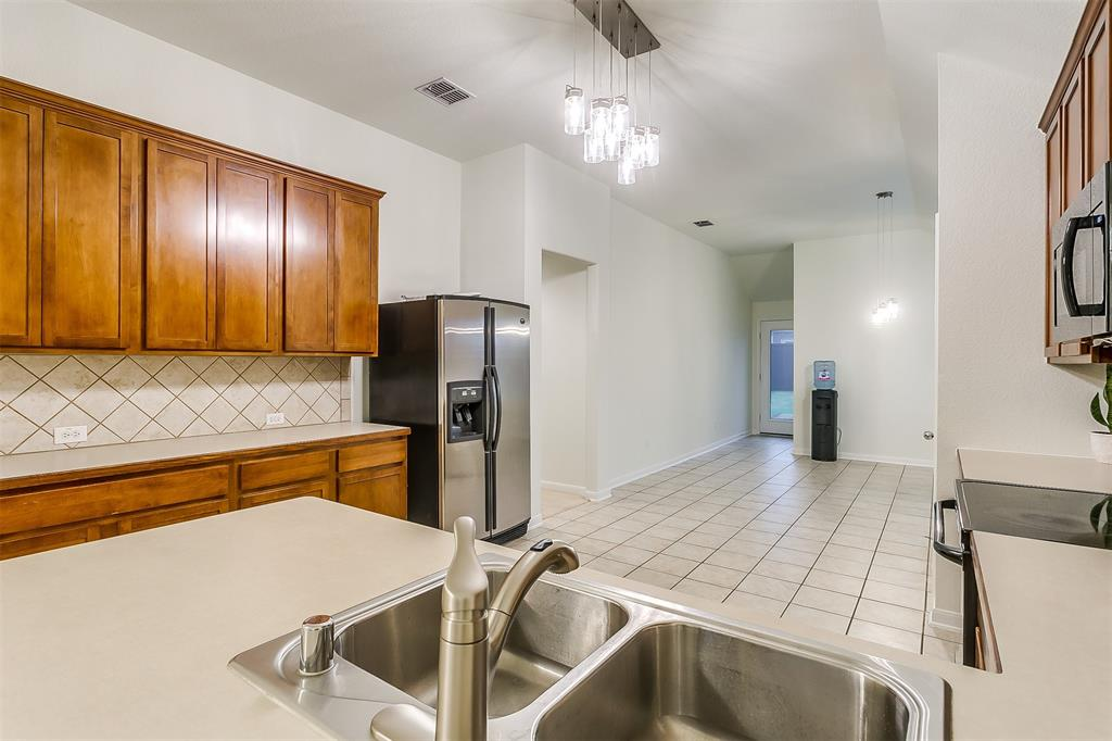 2661 Calmwater  Drive, Little Elm, Texas 75068 - acquisto real estate best new home sales realtor linda miller executor real estate