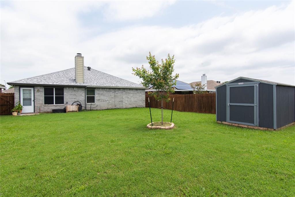 1019 Maria  Drive, Grand Prairie, Texas 75052 - acquisto real estate best prosper realtor susan cancemi windfarms realtor