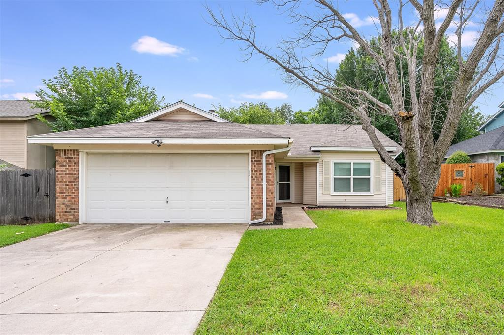 1025 Hills  Terrace, Saginaw, Texas 76179 - Acquisto Real Estate best mckinney realtor hannah ewing stonebridge ranch expert