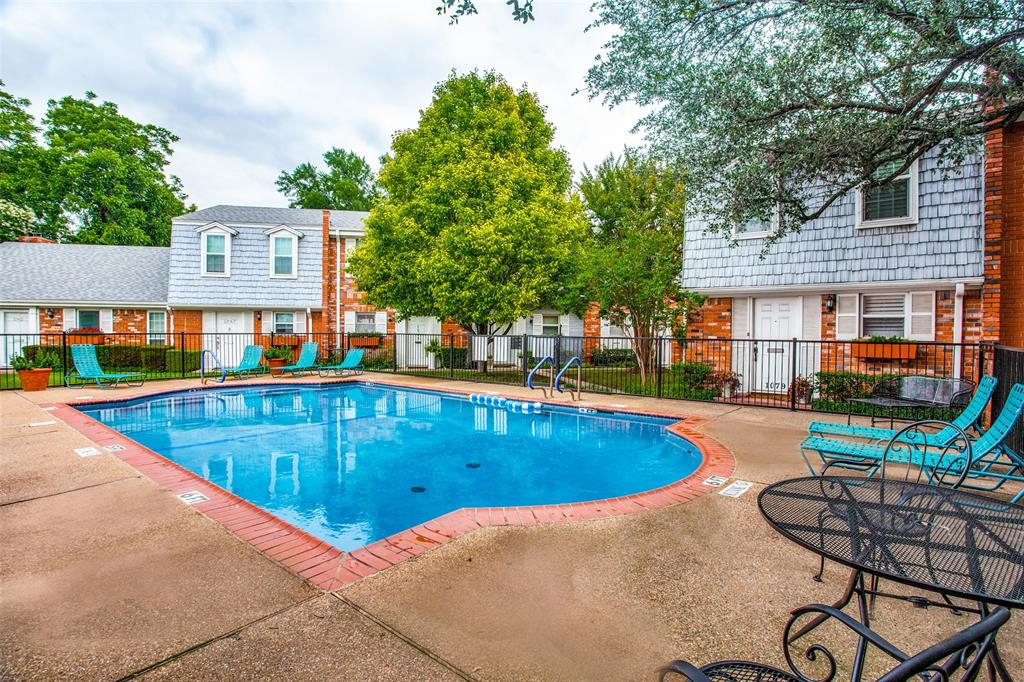 968 Roaring Springs  Road, Fort Worth, Texas 76114 - acquisto real estate best realtor foreclosure real estate mike shepeherd walnut grove realtor