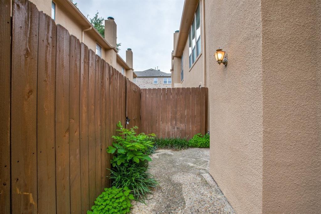 4307 Gilbert  Avenue, Dallas, Texas 75219 - acquisto real estate best frisco real estate agent amy gasperini panther creek realtor