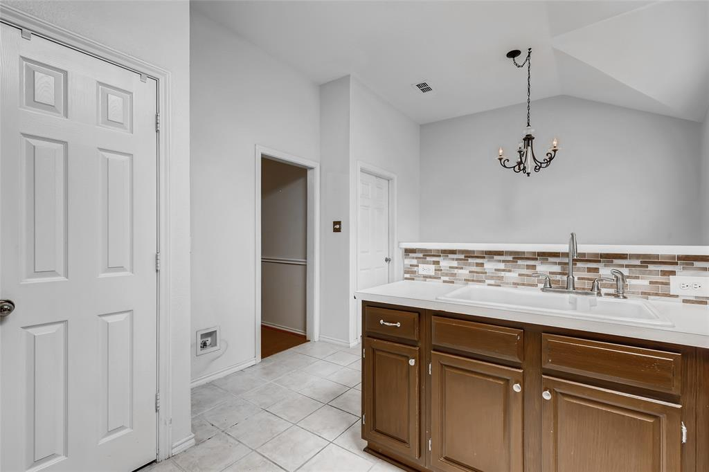 1513 Pacific  Place, Fort Worth, Texas 76112 - acquisto real estate best luxury buyers agent in texas shana acquisto inheritance realtor