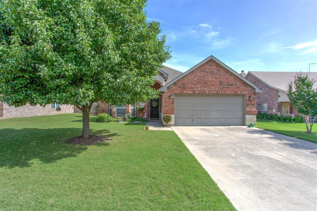 509 Kriston  Drive, Azle, Texas 76020 - Acquisto Real Estate best plano realtor mike Shepherd home owners association expert