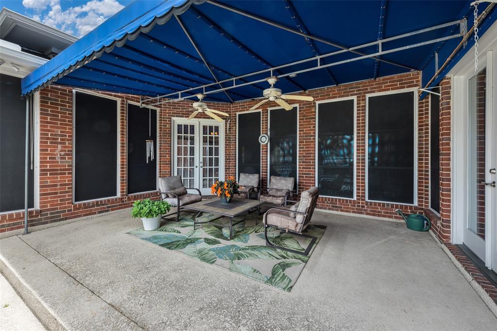 303 Stonebridge  Drive, Rockwall, Texas 75087 - acquisto real estate best negotiating realtor linda miller declutter realtor
