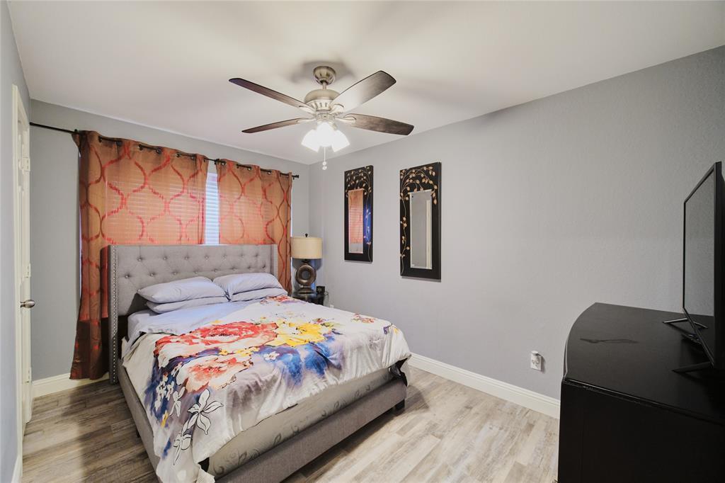 814 Springfield  Drive, Cedar Hill, Texas 75104 - acquisto real estate best listing agent in the nation shana acquisto estate realtor
