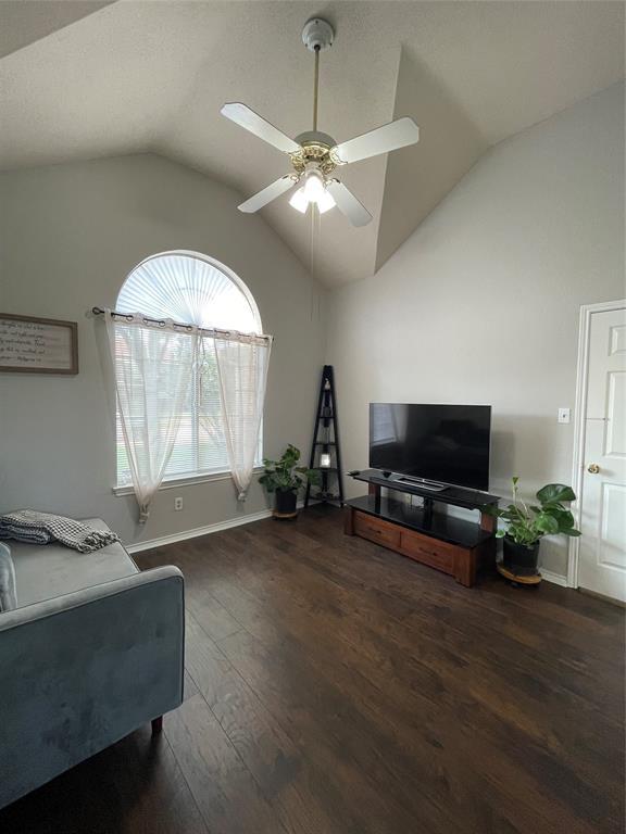 1205 Calvert  Drive, Cedar Hill, Texas 75104 - acquisto real estate best frisco real estate broker in texas for high net worth buyers