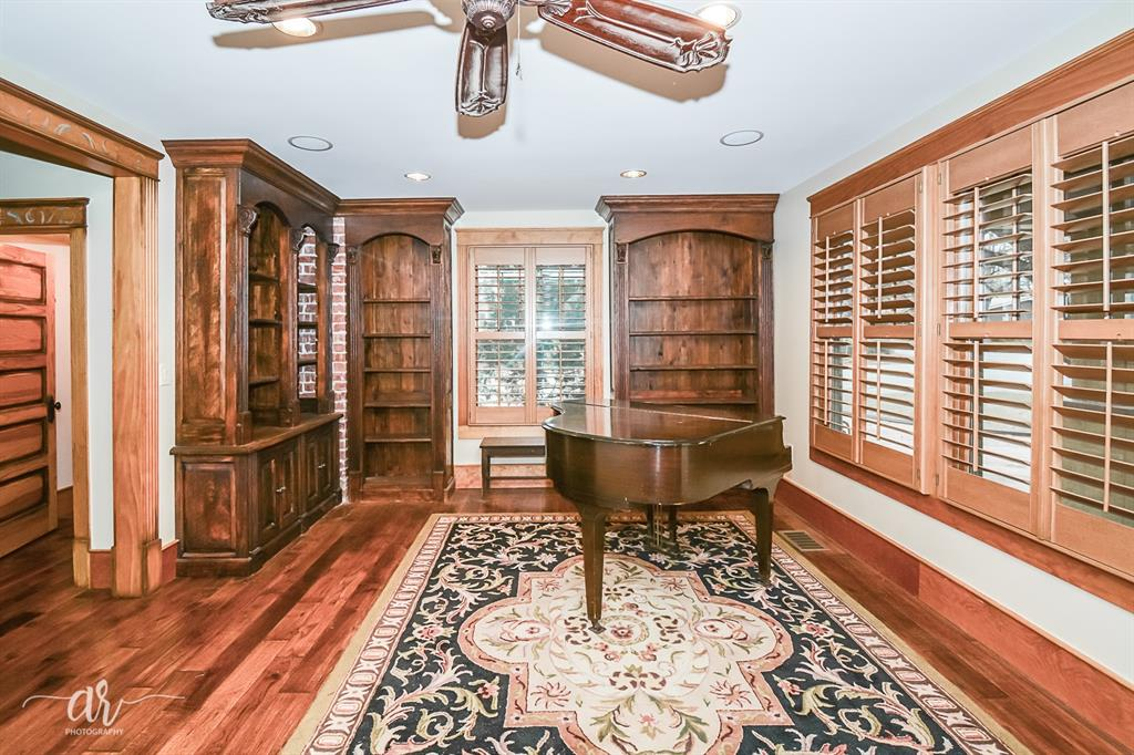 1301 Mulberry  Eastland, Texas 76448 - acquisto real estate best real estate company in frisco texas real estate showings