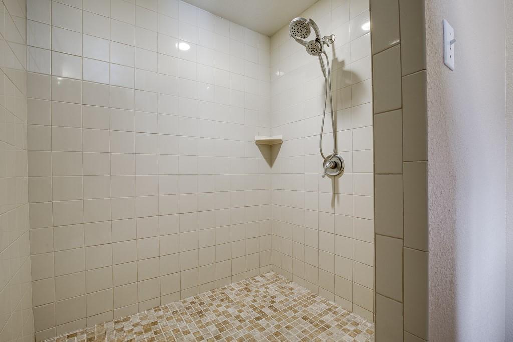 746 Elsberry  Avenue, Dallas, Texas 75217 - acquisto real estate best listing agent in the nation shana acquisto estate realtor