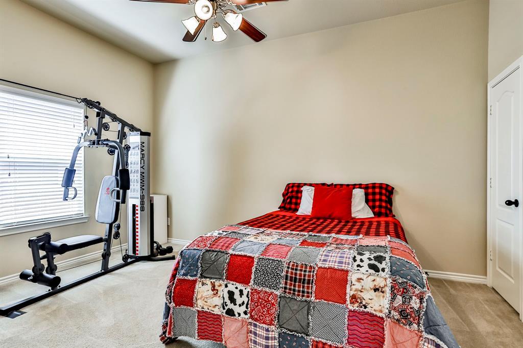 1412 Mesa Flats  Drive, Fort Worth, Texas 76052 - acquisto real estate best celina realtor logan lawrence best dressed realtor