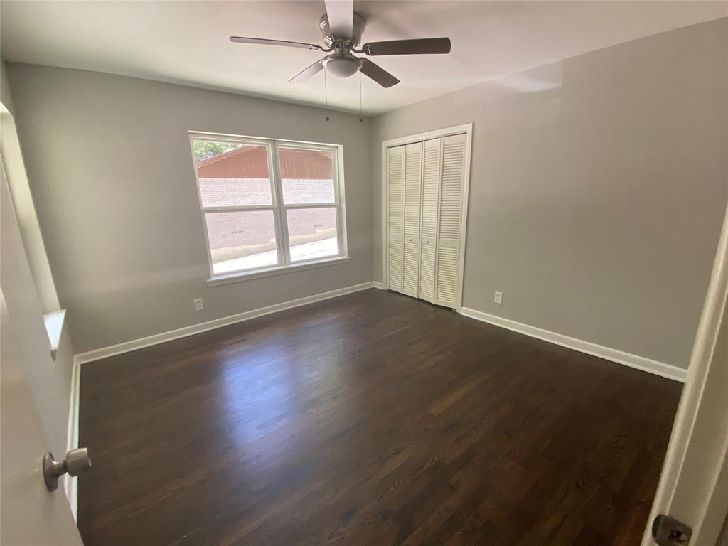 3216 Loganwood  Drive, Dallas, Texas 75227 - acquisto real estate best designer and realtor hannah ewing kind realtor