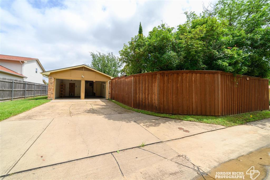 737 Snowden  Drive, Richardson, Texas 75080 - acquisto real estate best plano real estate agent mike shepherd