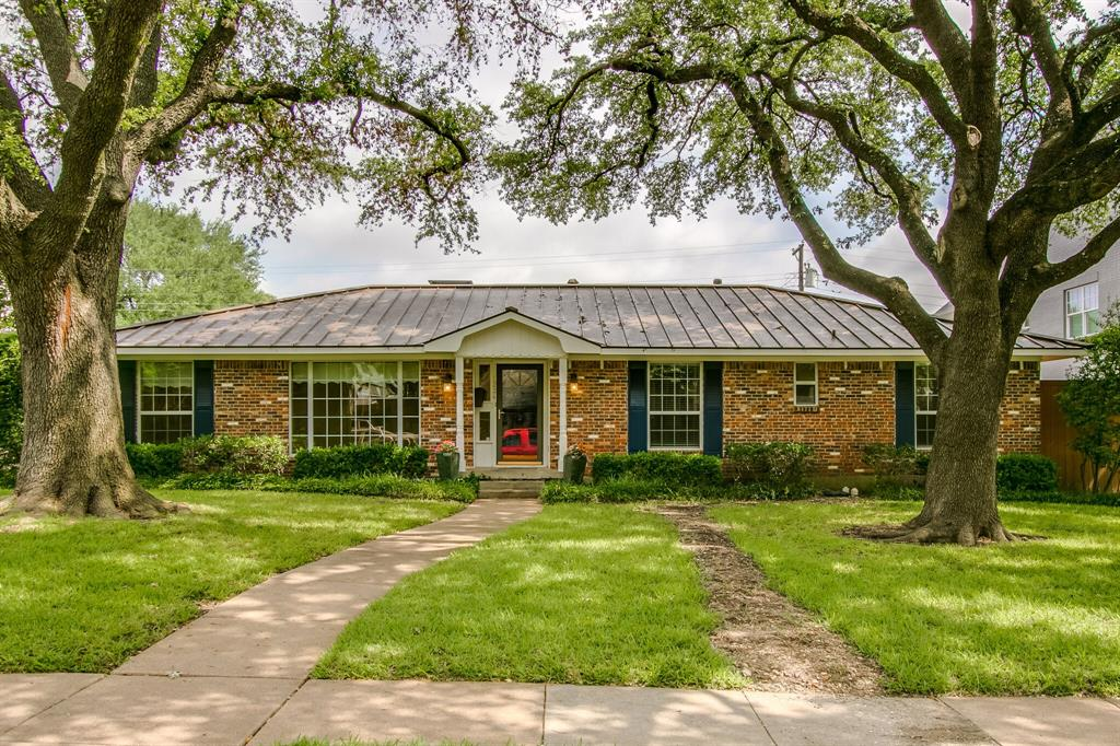 1234 Glen Cove  Drive, Richardson, Texas 75080 - Acquisto Real Estate best plano realtor mike Shepherd home owners association expert