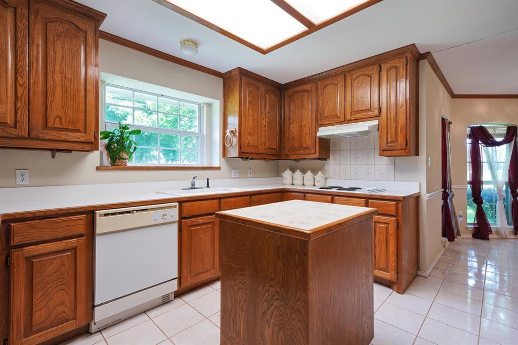 201 Chaparral  Drive, Granbury, Texas 76049 - acquisto real estate best listing listing agent in texas shana acquisto rich person realtor