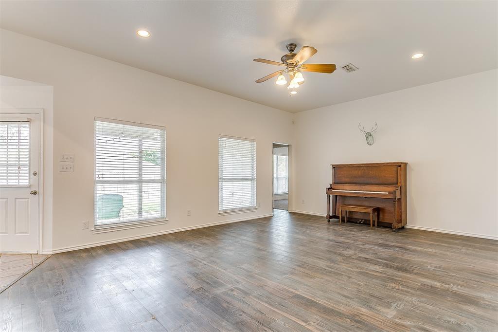 203 Seminole  Trail, Alvarado, Texas 76009 - acquisto real estate best highland park realtor amy gasperini fast real estate service