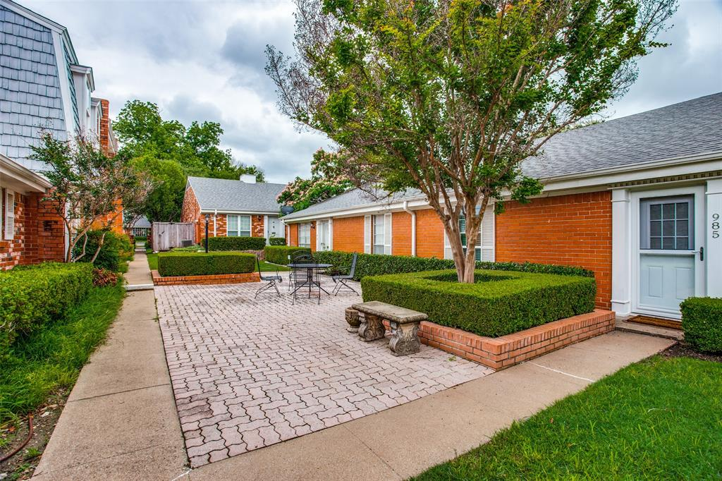 968 Roaring Springs  Road, Fort Worth, Texas 76114 - acquisto real estate best realtor westlake susan cancemi kind realtor of the year