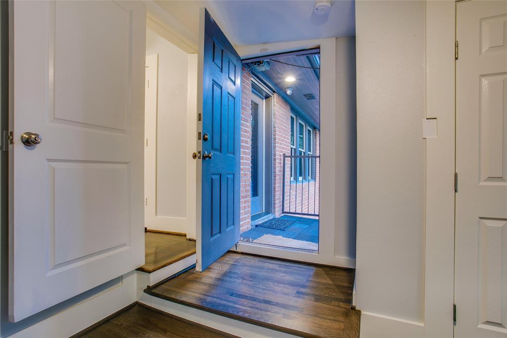 1011 Madison  Avenue, Dallas, Texas 75208 - acquisto real estate best photo company frisco 3d listings