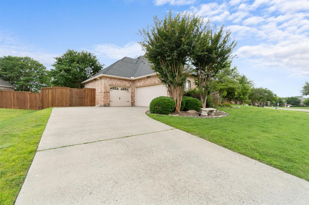 1812 Savannah  Drive, McKinney, Texas 75072 - acquisto real estate best plano real estate agent mike shepherd