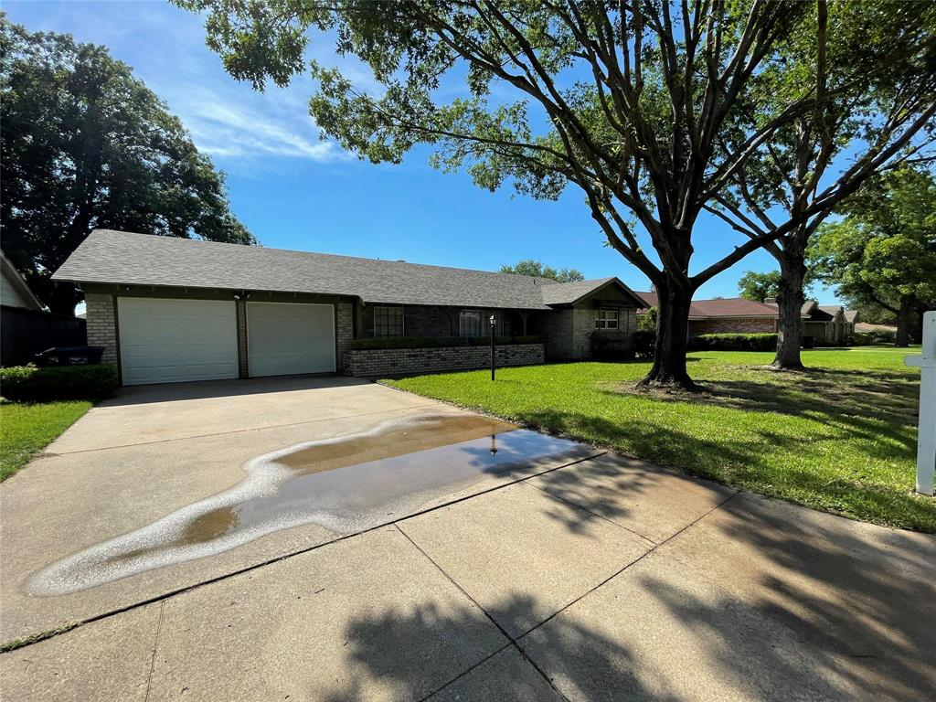 7508 Marlborough  Drive, Fort Worth, Texas 76134 - Acquisto Real Estate best plano realtor mike Shepherd home owners association expert
