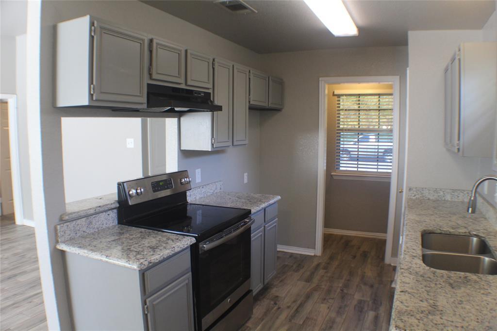 1132 Alvarado  Street, Cleburne, Texas 76031 - acquisto real estate best prosper realtor susan cancemi windfarms realtor