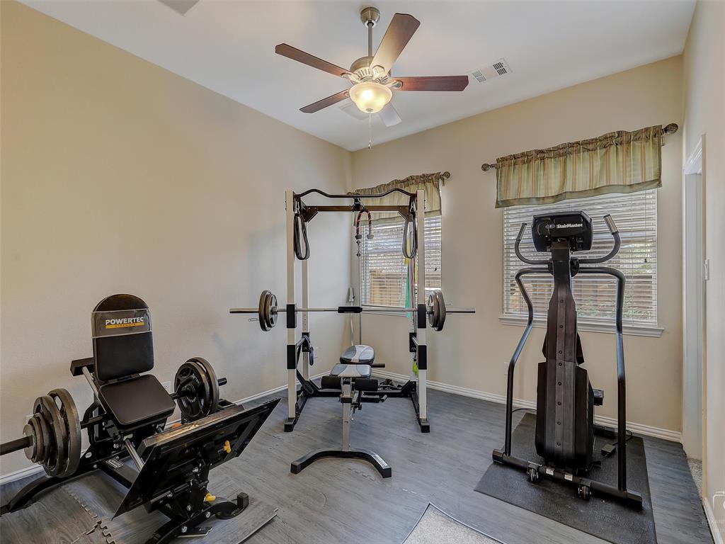 917 Cross Plains  Drive, Allen, Texas 75013 - acquisto real estate best realtor foreclosure real estate mike shepeherd walnut grove realtor
